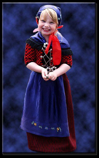 san Faroe traditional eyeglasses Islands antonio designer Girl costume in
