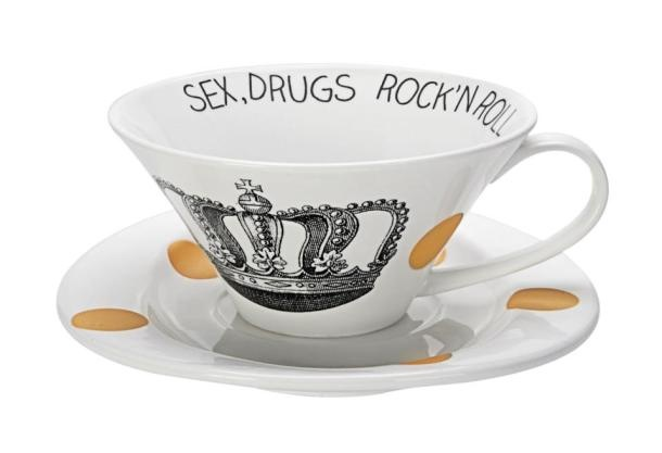 For your hedonistic tea rituals – from Supermarket Concept Store Belgrade.