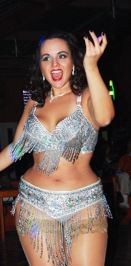 curvy wit dans