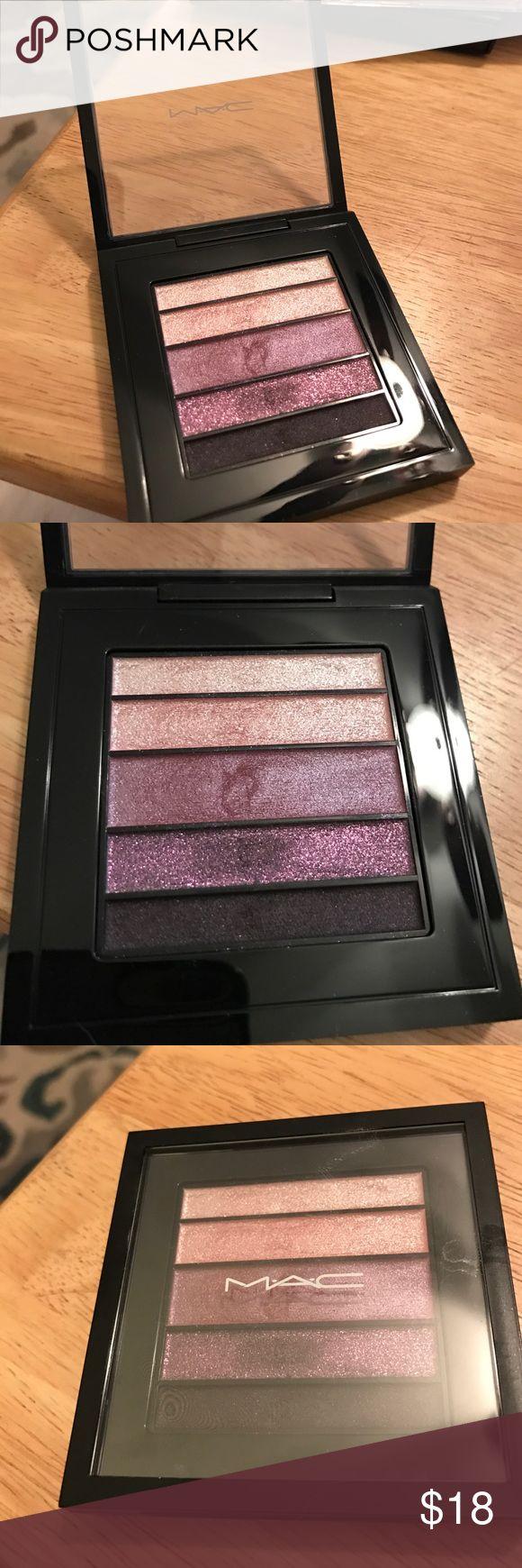 MAC pinkluxe pearlfusion eyeshadow palette MAC pinkluxe pearlfusion eyeshadow palette. Includes 5 eyeshadows. Used once. MAC Cosmetics Makeup Eyeshadow
