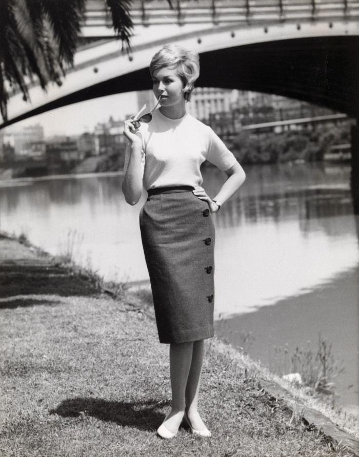 Sportscraft, Yarra River Melbourne, Australia photo Henry Talbot 1961