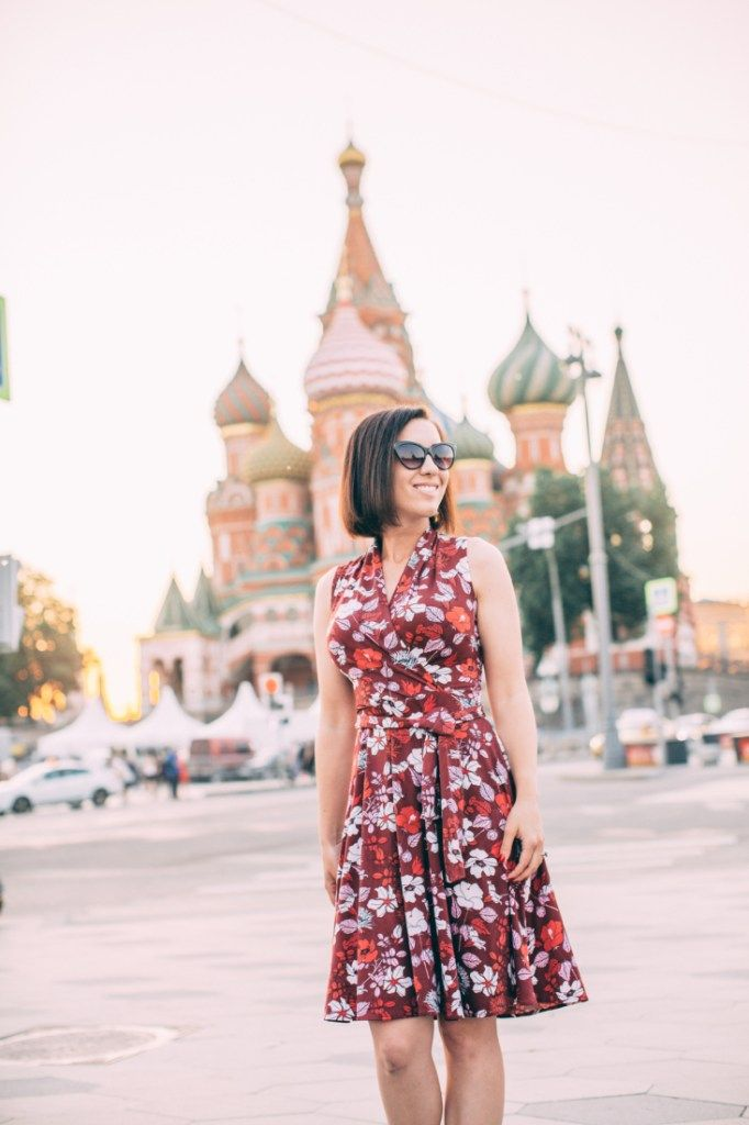 Best Travel Dresses For Every Season By A Frequent Traveler In 2020 Travel Dress Dresses Long Sleeve Swing Dress