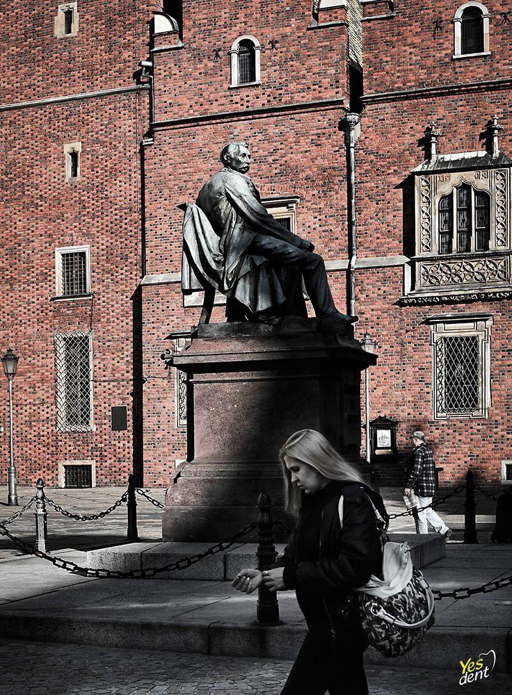 Wrocławski pomnik A. Fredro https://www.instagram.com/yesdent.stomatolog.wroclaw/ #Fredro #Pomnik #Wrocław #yesdent