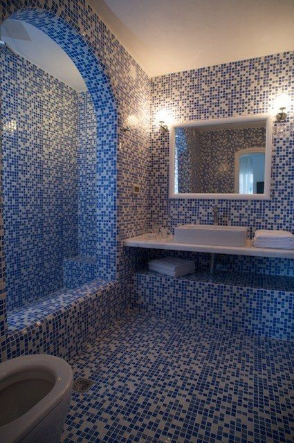 Skiron Villa Bathroom
