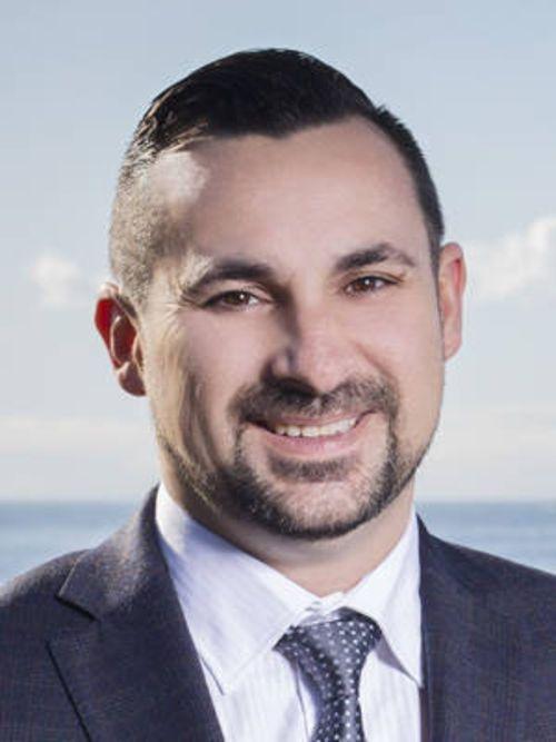 Jason Capelo - Sales Agent