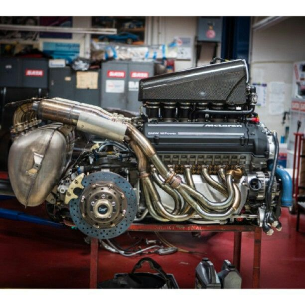 Legendary McLaren F1 road car engine supplied by BMW Motorsport (Photo Credit: Jay Leno's Garage)
