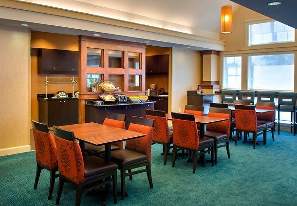 Residence Inn Albany East Greenbush Tech Valley Breakfast Buffet Rooms Hotel Guest Residences Inn Home