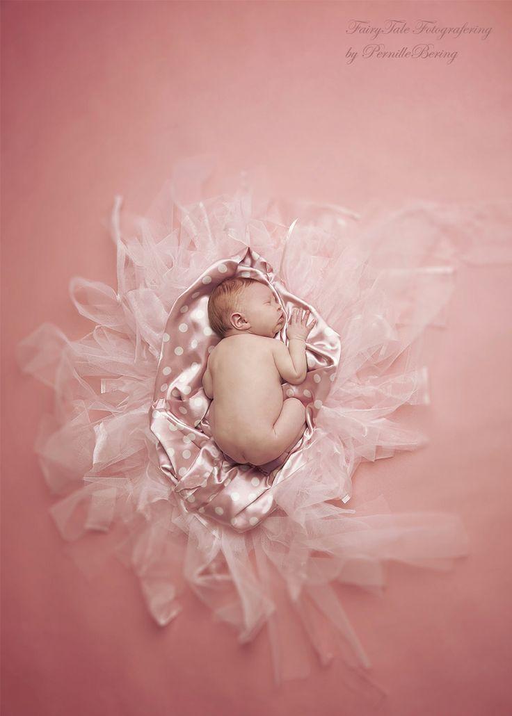 newborn  Photographer Pernille Bering