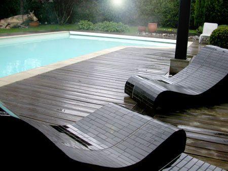 Les 25 meilleures id es de la cat gorie chaises longues for Chaises longues design piscine