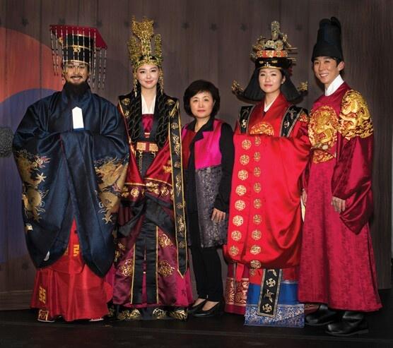 Famed South Korean designer Hyun-Sook Lee with models