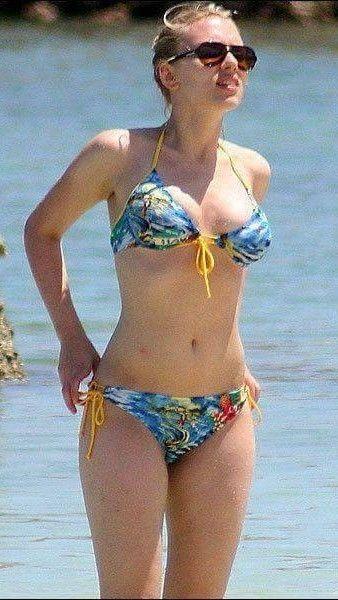 Sorry, can Scarlett johnson bikini think, that