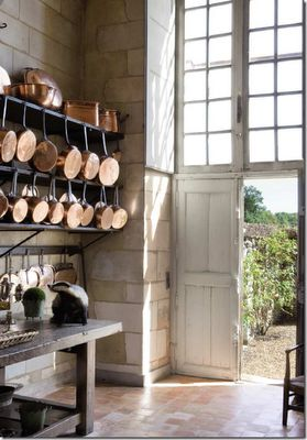 Want those pots!: Kitchens, Interior, Ideas, French Country, Country Kitchen, By, Chateau, Copper Pots