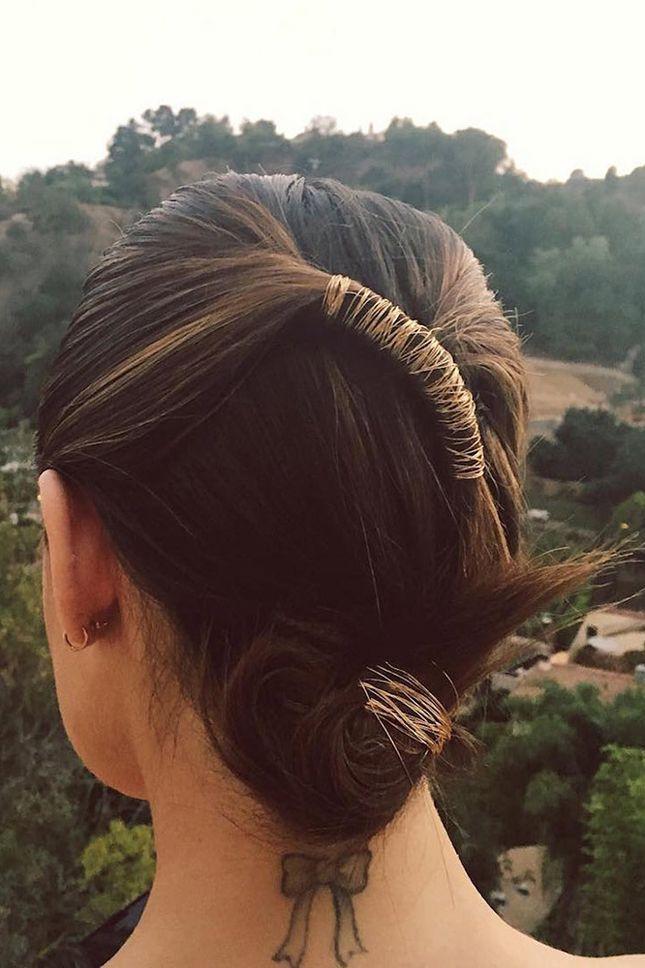 Модные прически 2017: золотые аксессуары в волосах | Красота | Тенденции | VOGUE