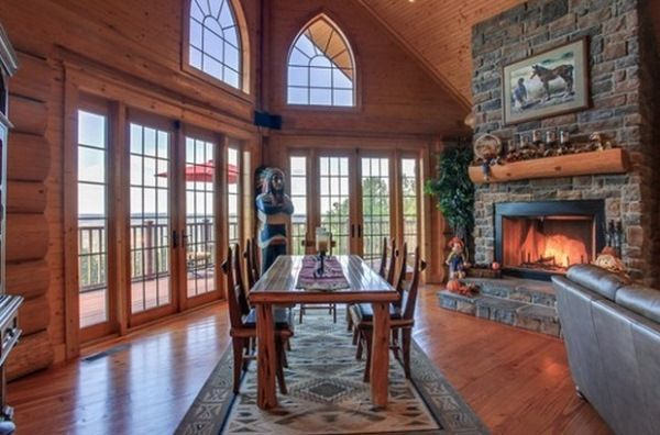 Amazing Mountain Log Home With Spectacular View and Stunning Sunsets