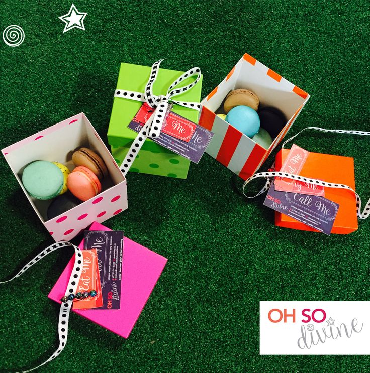 small Easter 5 macaron gift boxes