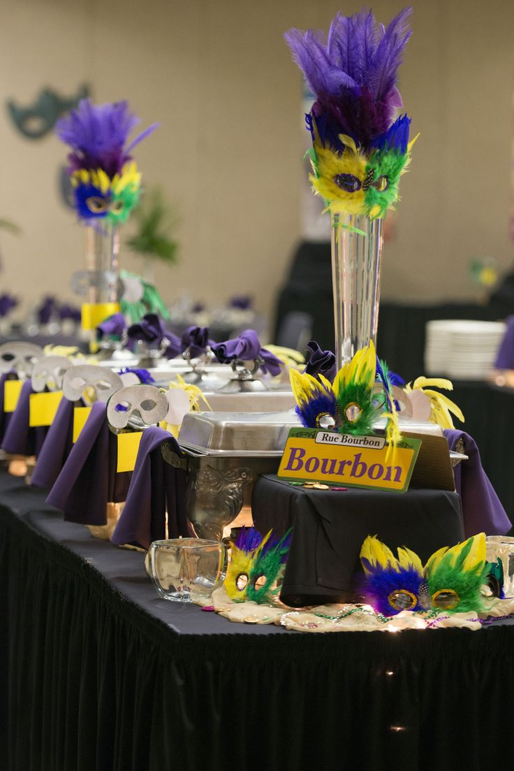 225 best images about mardi gras wedding on pinterest - Decoration de table ...
