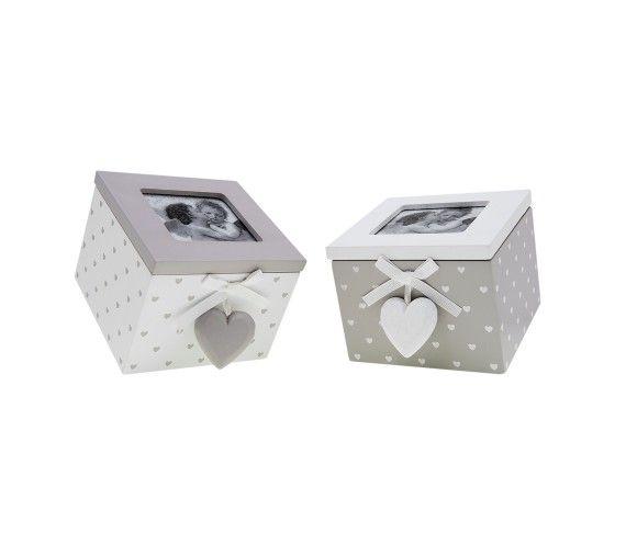 10,74 € - Scatola quadrata in legno con cuoricino, stile Shabby Chic, simpatica idea per bomboniera matrimonio, dimensioni cm. 10x11x8.