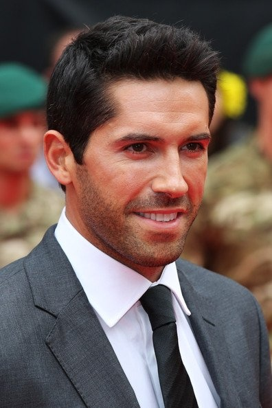 Scott Adkins. Knows martial arts AND has a pretty face? *swoons*