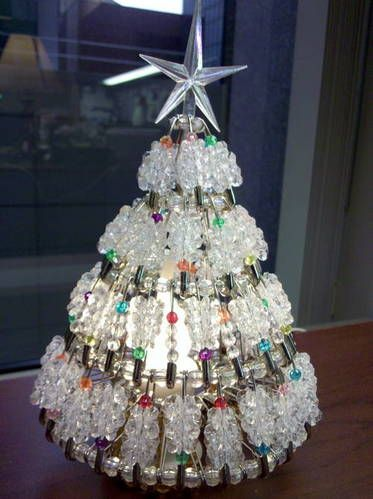 Safety Pin Christmas Tree ~~ Easy to do!