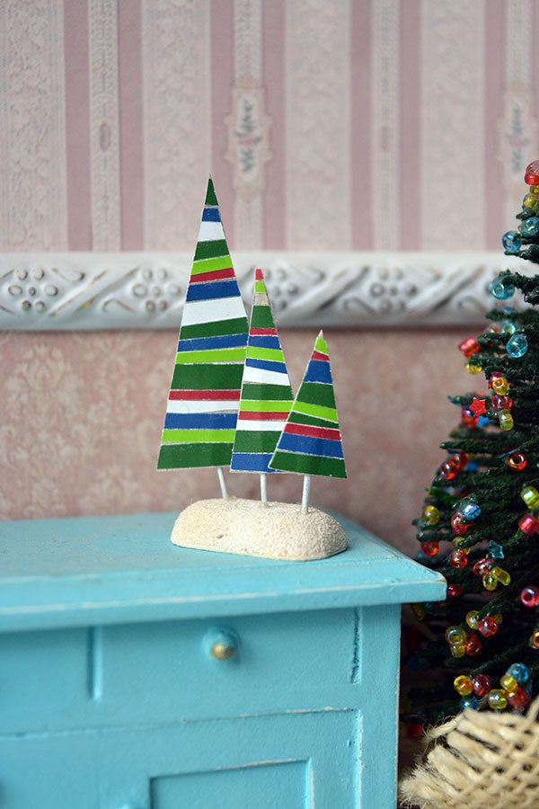 Christmas trees, decoration for the doll house by Galchi on Etsy