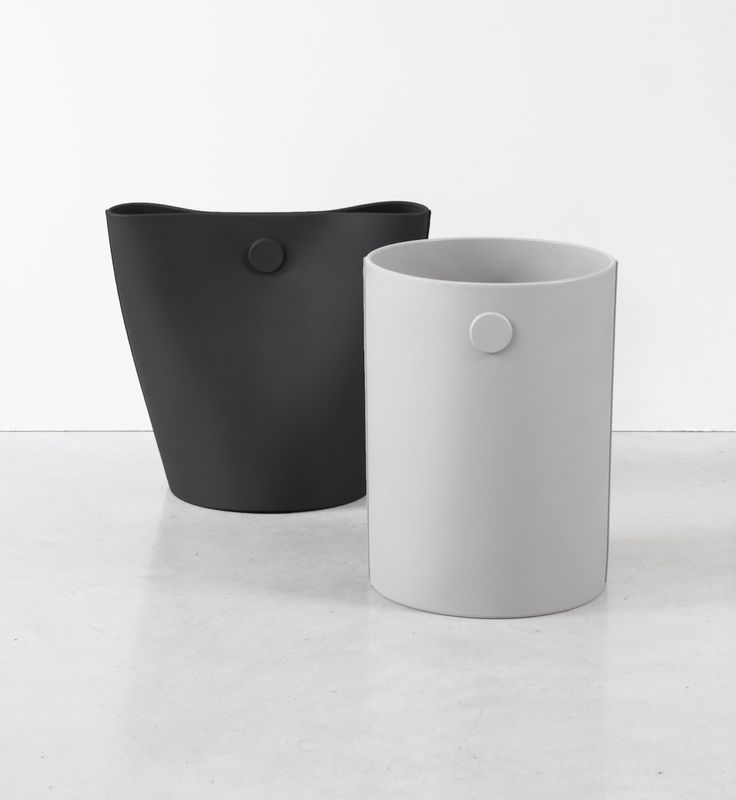 Mag is a minimal, soft polyurethane wastebasket/container designed by Italy-based designer Alessandro Di Prisco for Geelli.