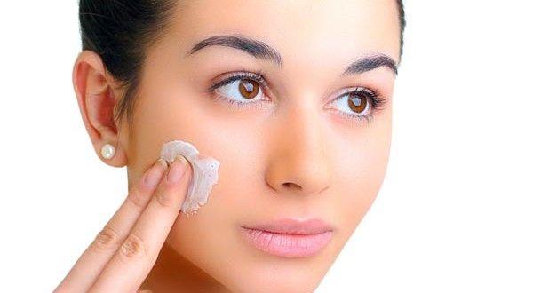 Natura; Remedies for skin pigmentation: Aloe Vera, Lemon and Potato Juice, Lemon, Honey, Milk and Orange Peel, Papaya and Vitamin E, Honey and Almond, Cucumber and Mint, The right diet,