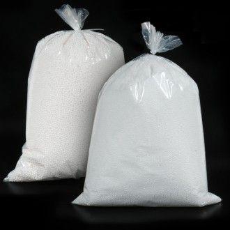 PERLITA DE POREX Perlitas de porex en bolsas de 150 gramos de 3 o 5 mm de diámetro. Un relleno versátil para cojines y embalajes de todo tipo. #MWMaterialsWorld #EPS #expandedpolystyrene #polystyrenebeads #perlita #bolaspoliestireno #embalaje #packaging