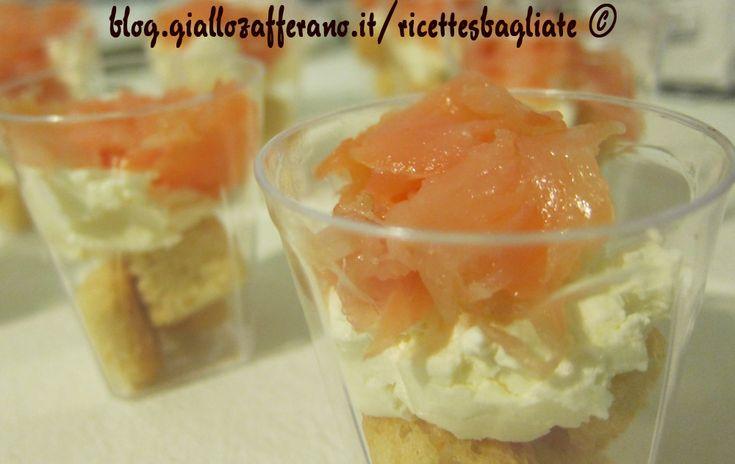 Bicchierini salmone e formaggio, ricetta antipasto