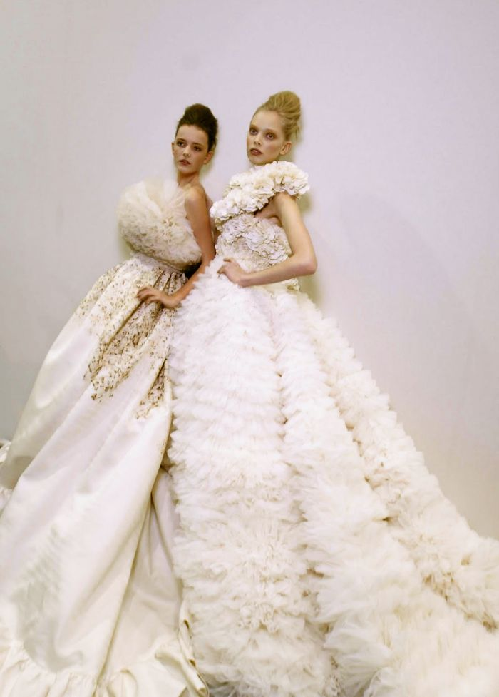 lady-dutch:    Tanya Dziahileva and Imogen Morris Clarke   Giambattista Valli Spring/Summer 2009 backstage