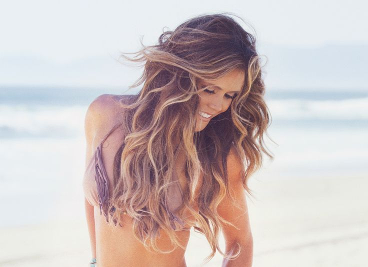 Flash some flirty curls this summer <3
