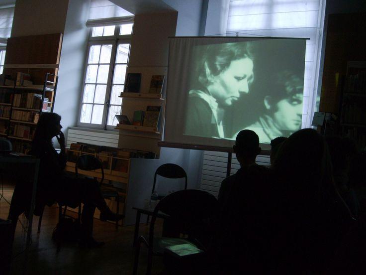 Nathalie Démoulin et les seconde 6 : documentaire des élèves de la section cinéma sur les acteurs du film de Chris Marker sur la Rhodia, avec Suzanne Zedet en 1967