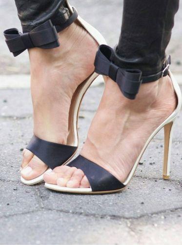 Γυναικείο πέδιλο με τακούνι και φιόγκο  http://handmadecollectionqueens.com/γυναικειο-πεδιλο-με-τακουνι-και-φιογκο  #fashion #women #sandals #heel #summer #spring #storiesforqueens #footwear #υποδηματα #πεδιλο #τακουνι #γυναικα #μοδα