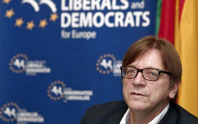 Φέρχοφστατ: Έλλειψη διαφάνειας στις διαπραγματεύσεις για την Ελλάδα
