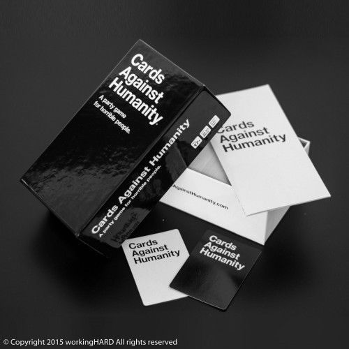 Best-Gift-CARDS-AGAINST-HUMANITY-550-Card-Base-Set-Party-Game-FULL-PACK-New