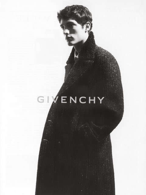 ok...not MY style...but I love this...of course because it's:  Givenchy