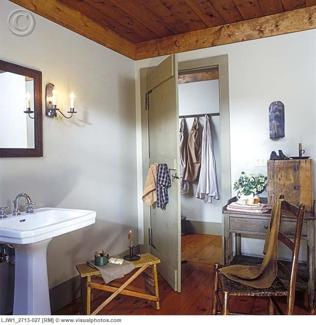 Primitive Country Bathroom