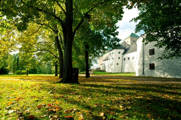 Turku Castle grounds. Photo by Elina Sirparanta courtesy of Visit Finland © MEK Finnish Tourist Board.