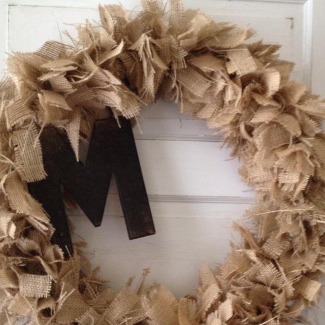 Burlap Wreath Tie Strips Of Burlap On Wire Wreath Frame