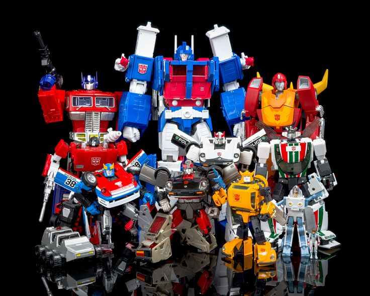 Transformers Masterpiece MP-10 Convoy (Optimus Prime), MP-12 Lambor (Sideswipe), MP-19 Smokescreen, MP-22 Ultra Magnus, MP-18 Streak (Bluestreak), MP-17 Prowl, MP-21 Bumble (Bumblebee), Masterpiece Rodimus Prime, MP-20 Wheeljack and  MP-21 Bumble Exosuit