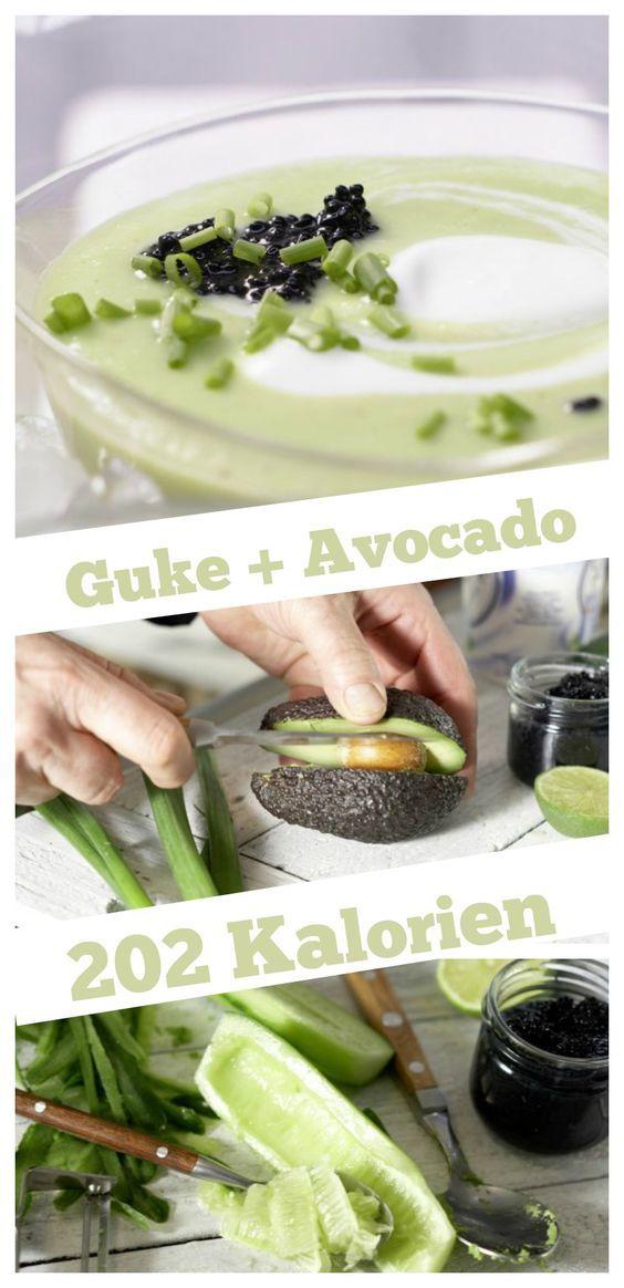 Erfrischend an heißen Tagen: eine kalte Suppe mit Kaviar aus Algen: Kalte Avocado-Gurken-Suppe mit Algenkaviar und Joghurt |http://eatsmarter.de/rezepte/kalte-avocado-gurken-suppe