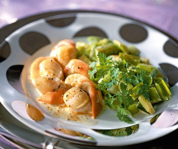 Les 467 meilleures images du tableau cuisine saint jacques sur pinterest produits de la mer - Cuisiner les noix de saint jacques ...
