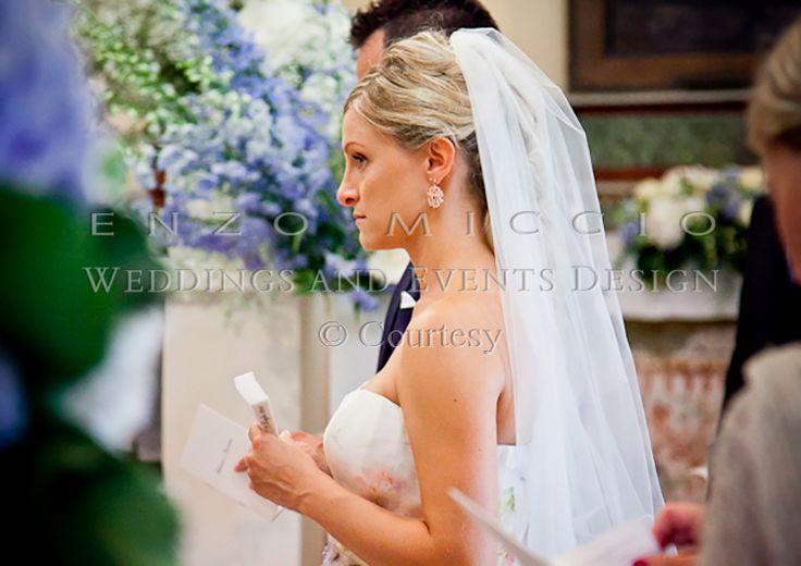Wedding in Ischia #wedding #ischia #weddingplanner #weddingdress #enzomiccio #weddingcake #magicatmosphere #sea #bride #flowers