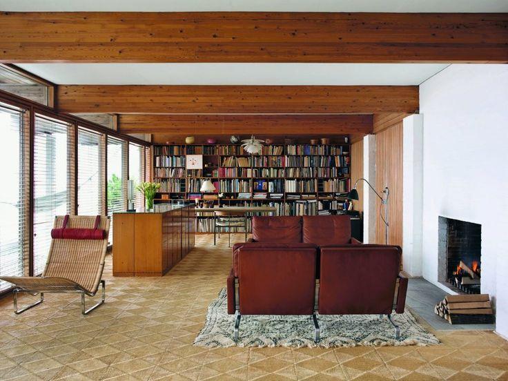 Hanne & Poul Kjaerholm's residence