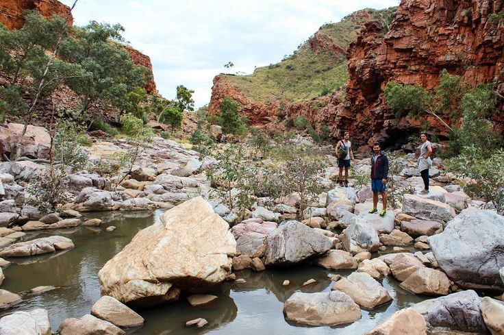 Taking the river route back to base. It was harder that it looks! #macdonnellranges #dothent #ormistongorge #riverwalk
