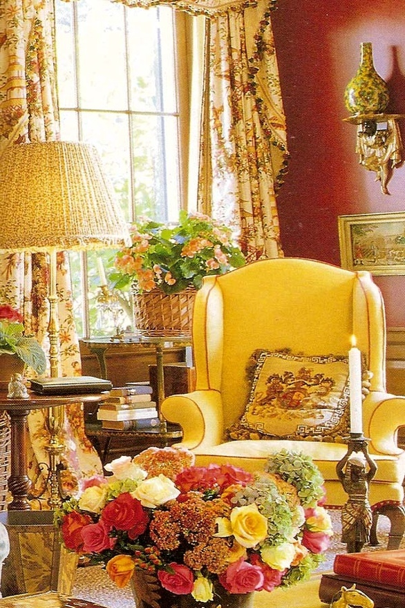English Country books , queen anne chairs, and beauitful lamps and drapes. Cozy warmth I'm looking for.