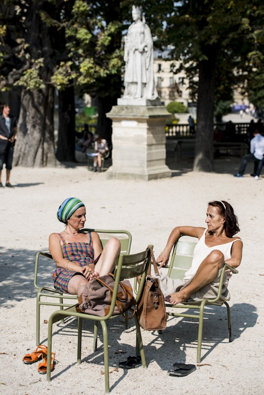 Citizens of the World - Paris photo diary - In Le Jardin du Luxembourg. Gorgeous women everywhere you look!