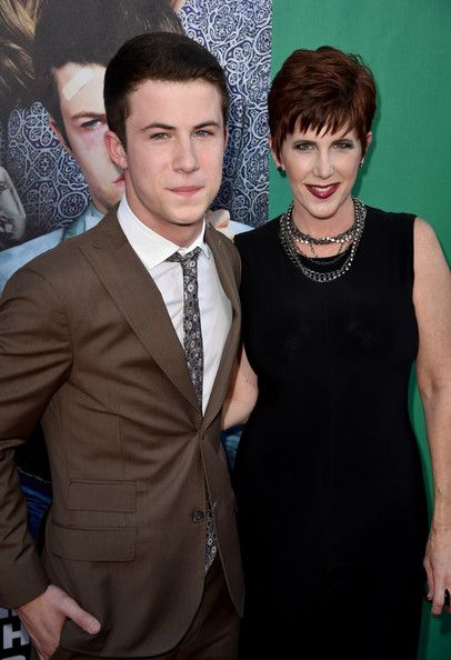 Dylan and Robyn Minnette at The World Premiere of Disney's 'Alexander and the Terrible, Horrible, No Good, Very Bad Day' at the El Capitan Theatre on October 6, 2014 in Hollywood, California.