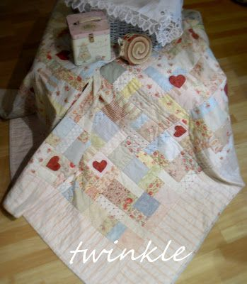 TWINKLE PATCHWORK: tutorial - sweet made with a jelly roll and a few scraps!