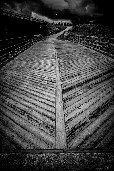 Halikon vanha silta on puurakenteinen museosilta, jonka rakentaminen on aloitettu 1865 https://goo.gl/mjTHjC
