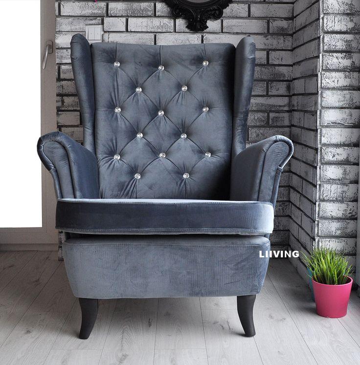pełen stylu i elegancji fotel uszak w tkaninie grafit elegant chesterfield i brylantami na oparciu